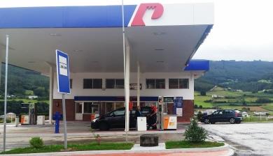 120917 Foto gasolinera San Tirso de Abres 1