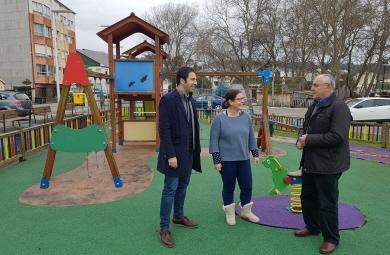 020318 Renovación parque infantil