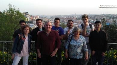 250418 Foto alumnos en Portugal 1
