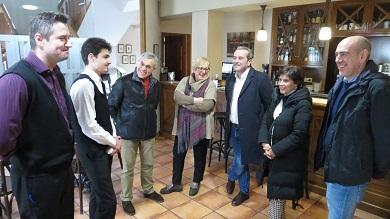 180119 VISITA DA XEFA TERRITORIAL DE EDUCACIÓN AO ESTUDANTE FRANCÉS QUE FAI PRÁCTICAS NO HOTEL O CABAZO