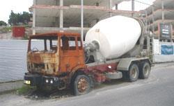 O BNG pide ao concello de Cervo que retire os camións abandonados en San Cibrao