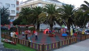 Nova zona de parque infantil en Burela