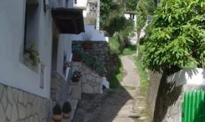 Veciños de Xunqueira quéixanse de que o concello de Viveiro non aplica a normativa
