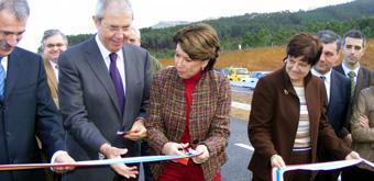 Despregue de autoridades para inaugurar 7,7 quilómetros da autovía A-8