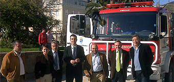 Ribadeo conta con un camión hibrido para a extinción de incendios