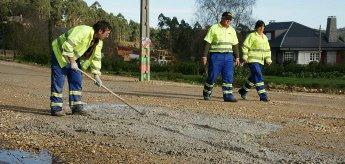 O Concello de Cervo acondiciona a estrada Rúa-San Román pola inoperancia da Deputación