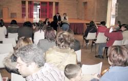 Entrega de premios e bolsas de estudios en Xove