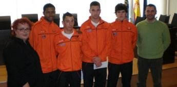 O concello de Burela homenaxeou os 4 xogadores de fútbol sala campións de España Sub-21 coa Selección Galega