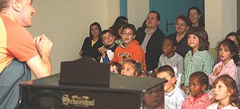 A Deputación quere achegar aos colexios actividades que descubran ao alumnado o  gusto pola música