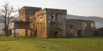 MariñaPatrimonio visita en Lourenzá a fortaleza de Tovar no ciclo de Historia de Galiza