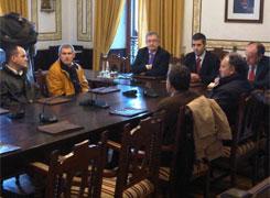 O delegado do goberno en Galicia visitou Ribadeo e reuniuse con responsables municipais
