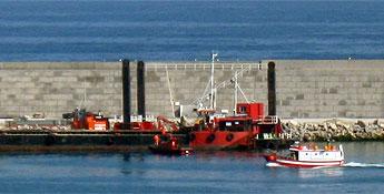 Burela contará nun mes coa ampliación do peirao comercial nunha lonxitude de 219 metros