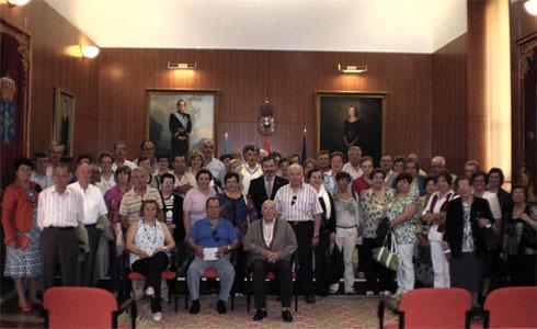 A asociación de xubilados Terra Mar de San Cibrao visitou o Parlamento de Galicia