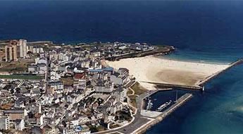 Medio Ambiente, inicia unha campaña temporal de recollida selectiva en 23 praias de A Mariña