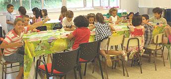 Uns cen menores nas actividades de verán de Benestar Social, Deportes e Xuventude de Burela