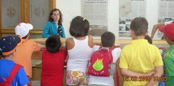 Cincuenta rapaces participaron nas actividades do centro de educación medio ambiental Gaia de Burela