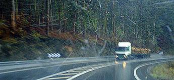 60 operarios e 90 vehículos da Deputación tentan manter a circulación nas estradas provinciais