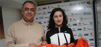 A cadete Silvia Rubal nova xogadora do primeiro equipo do Burela FSF Pescados Rubén