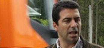 O xulgado exculpa a un policía local de Cervo ao que sancionou o alcalde por unha denuncia anónima