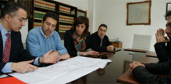 O Concello de Cervo tenta que continúen sen paróns as obras de mellora da rede eléctrica