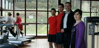 O concello de Cervo contratou dous licenciados en educación física e dous socorristas para a piscina