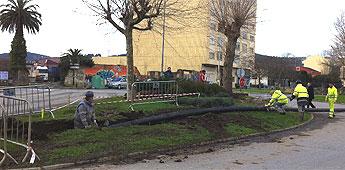 O alcalde de Ribadeo espera que as obras da rotonda do xardín iniciadas hoxe estean rematadas nun mes
