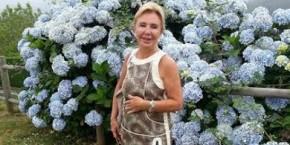 A mariñá Marisol Moreda incide na necesidade das axudas á investigación das enfermedades raras e a discapacidade coa súa nova novela 'Un largo camino de rosas blancas'