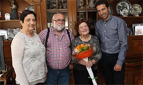 AC Francisco Lanza presenta o poemario de Carlos Callón, repartirá reproduccións dos cadriños de Xaquín Marín antes das Letras Galegas