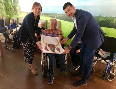 O Alcalde de Foz salienta o investimento realizado pola Xunta na residencia de maiores. Javier Castiñeira visitou as novas instalacións coa Conselleira de Política Social