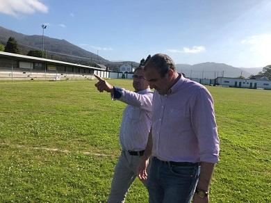 O PSOE nos Gobernos de Alfoz e da Deputación atende unha demanda veciñal co novo alumeado no campo de fútbol