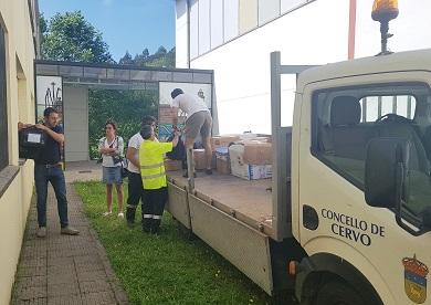 O Concello colabora coa dirección do CEIP de Cervo na retirada e traslado de material ante o inminente comezo das obras de rehabilitación integral do centro