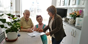 A Concellería de Servizos Sociais de Lourenzá amplía os servizos a persoas dependentes e de libre concorrencia ofrecendo podoloxía e fisioterapia gratuítos para todos os usuarios