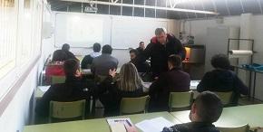 As instalacións do CIFP Porta da Auga, de Ribadeo, acolleron o pasado sábado un novo curso organizado por Apaga