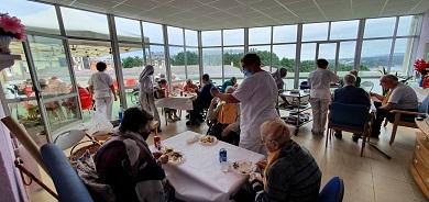 As dúas residencias de Ribadeo celebraron con diversas actividades o Día do Maior