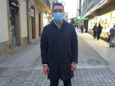 """Daniel Vega expresa o apoio do seu Grupo a usuarios e traballadores do asilo de Ribadeo e tende a man ao Concello """"nestes momentos de dificultade"""""""
