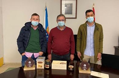 Recepción no Concello de Alfoz dos galardoados polos mellores meles de Galicia