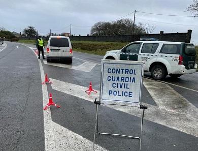 A Policía Nacional e a Garda Civil despregaron 575 dispositivos na provincia na última semana