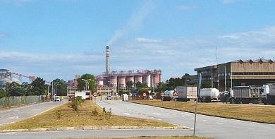 Alcoa recúa e permite abordar de novo a venda da fábrica de San Cibrao