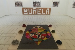 Mostra fotográfica sobre o alfombrismo na Casa da Cultura de Burela, organizada por Burelafloral