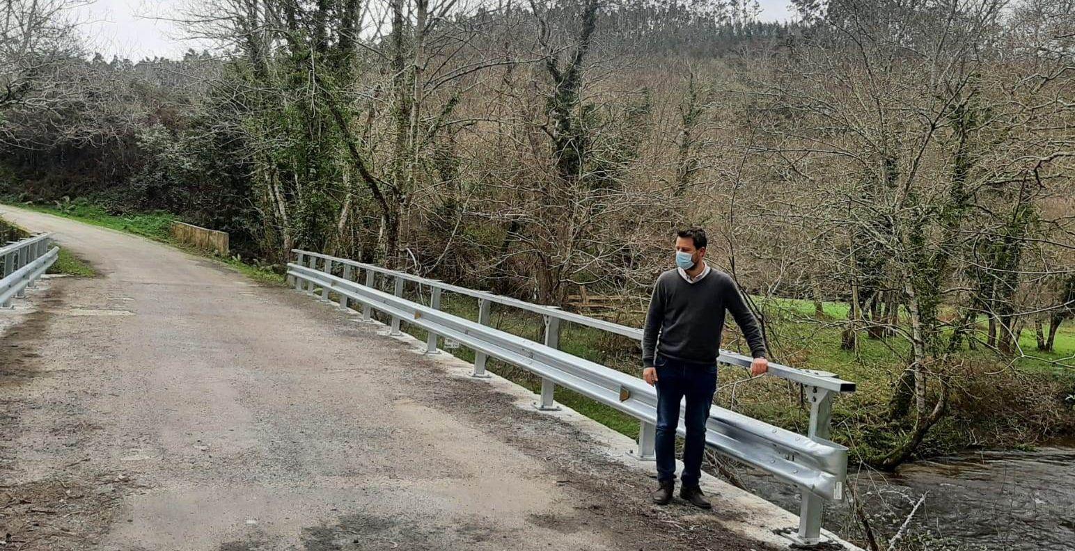 O Concello de Foz mellora a seguridade na ponte sobre o río Ouro de Trasmonte, na parroquia de Santa Cilla
