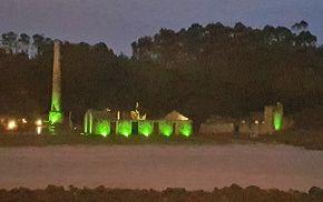 O Concello de Cervo mantén iluminados de verde durante esta semana os diferentes edificios públicos como símbolo de apoio a todas esas persoas que padecen ou padeceron un cancro, e ás súas familias.; con motivo do Día Mundial Contra o Cancro, que ten lugar cada 4 de febreiro