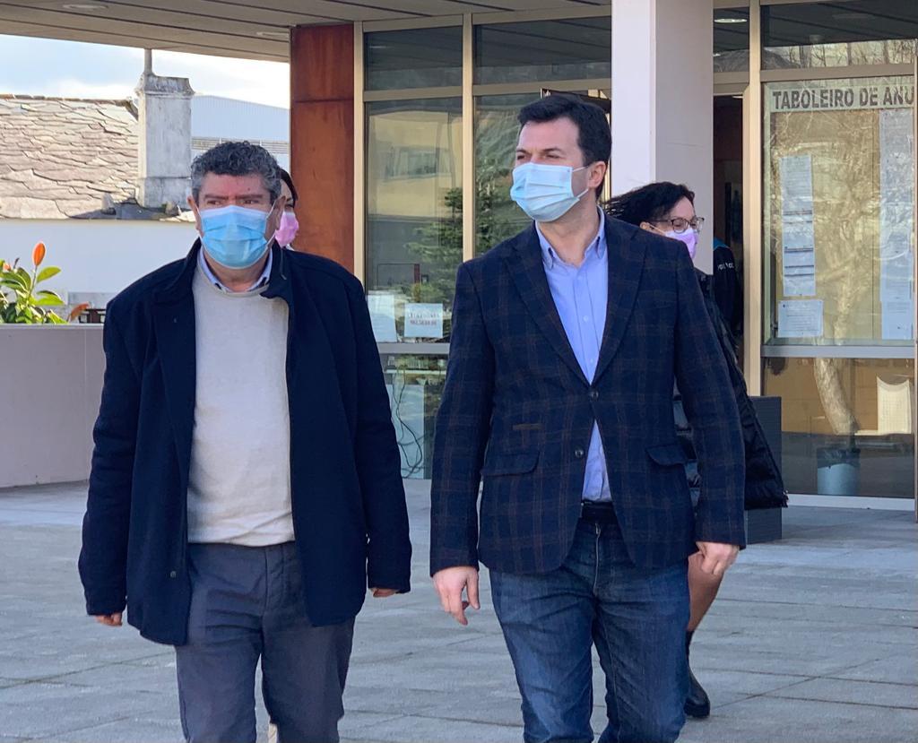 """Gonzalo Caballero propón en Burela un """"gran pacto para recuperar a área sanitaria da Mariña"""""""