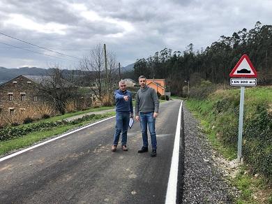 O Concello de Ribadeo acomete obras en camiños municipais. Os traballos contan cun investimento de máis de 120.000 euros