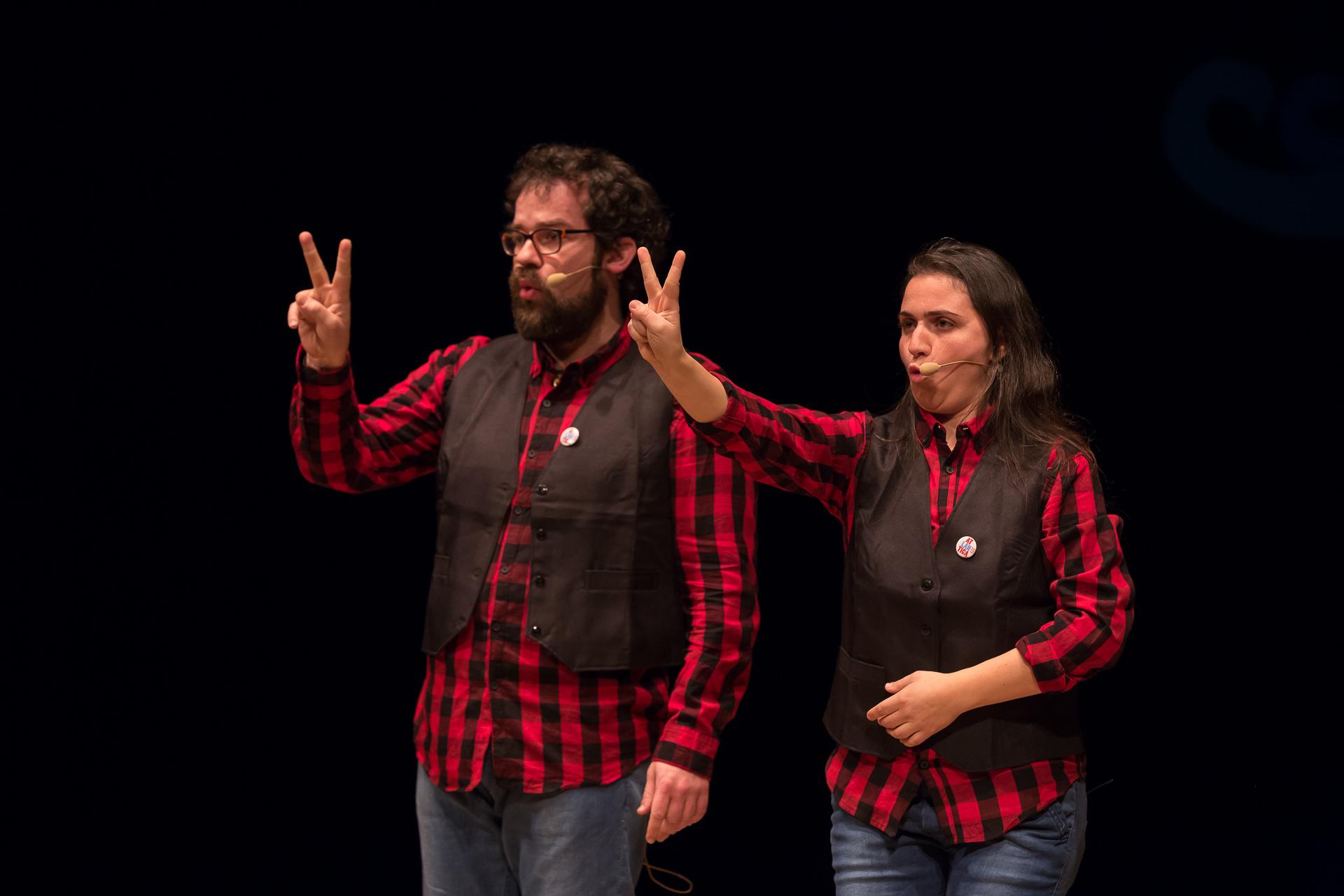O espectáculo infantil 'Unhas gafas como as do avó' chega este sábado á Casa da Cultura de Burela