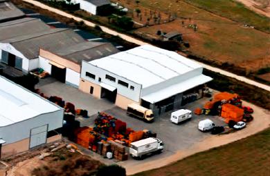 Distribuidores de hostalaría e alimentación da Mariña manifestaranse cos seus vehículos en Burela para reclamar axudas das administracións