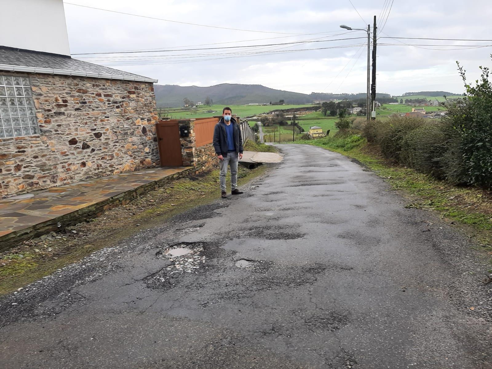 O Concello de Foz solicita o aglomerado de camiños en Mañente e adxudica a renovación do firme na subida a Vilela, en San Martiño, ao abeiro do Plan de Mellora de Camiños da Axencia Galega de Desenvolvemento Rural
