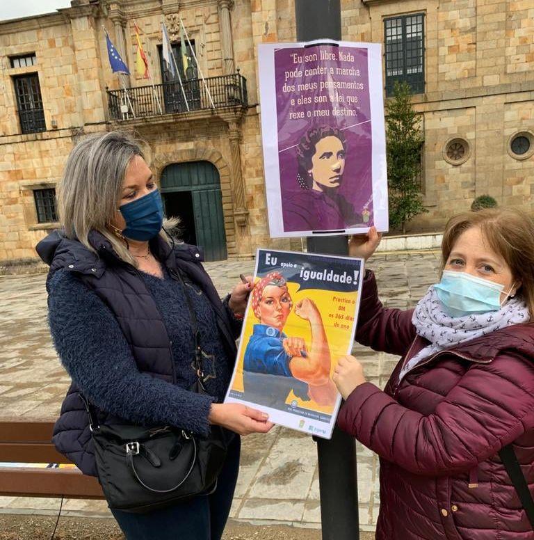 O Concello de Lourenzá pendurou nas farolas da vila carteis conmemorativos do Día da Muller