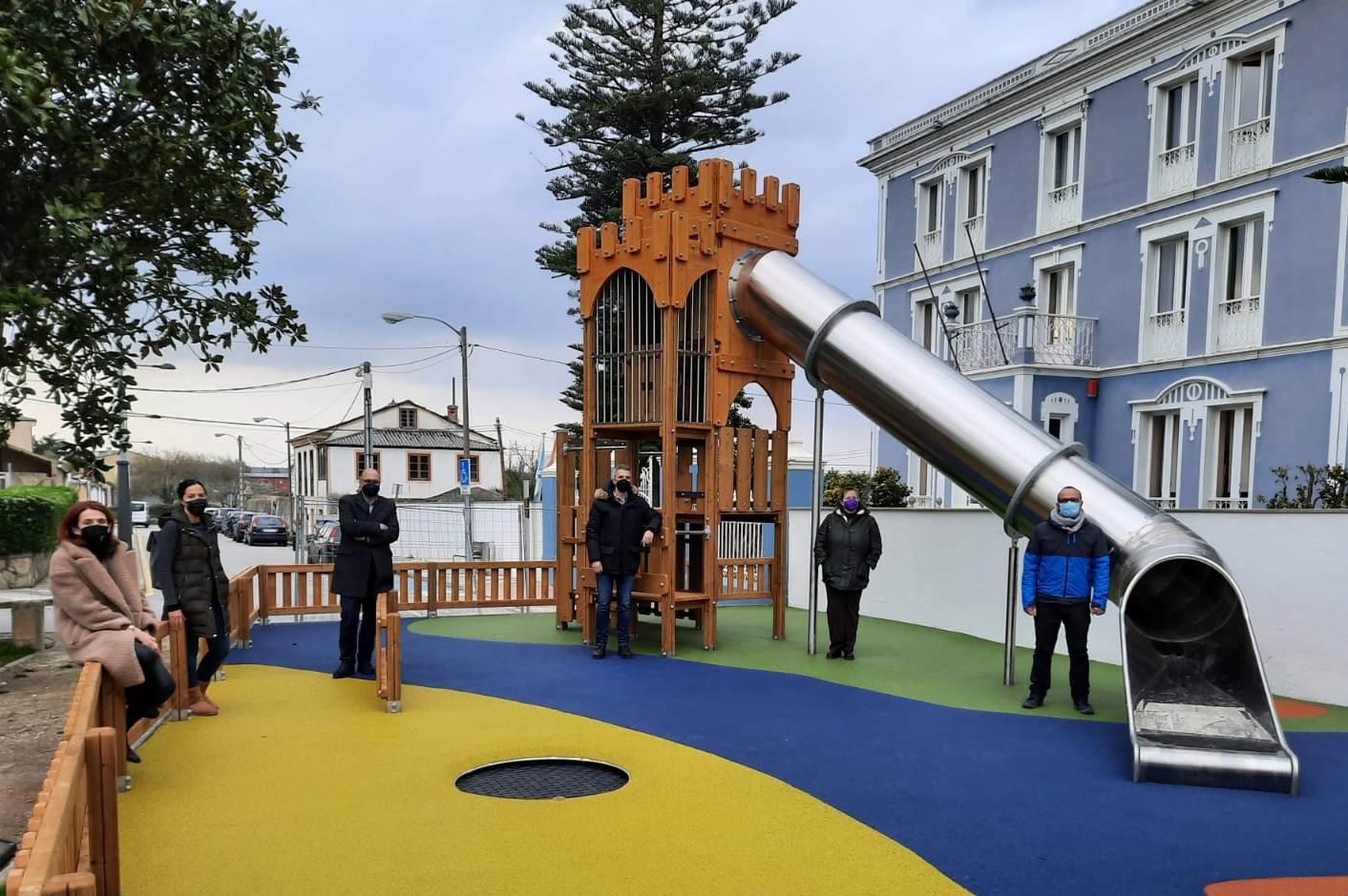 O parque infantil do Xardín de Ribadeo reabre este venres