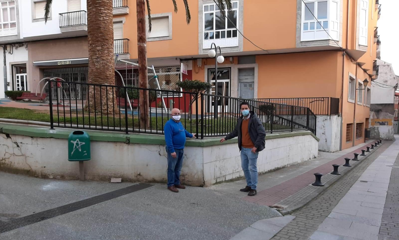 Nova varanda para mellorar a seguridade do parque Martínez Otero de Foz