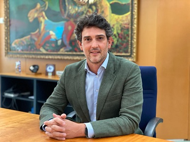 Javier Arias non entende que o Alcalde da Fonsagrada anuncie as futuras pistas de pádel nun pavillón da Xunta sen falar antes con Educación